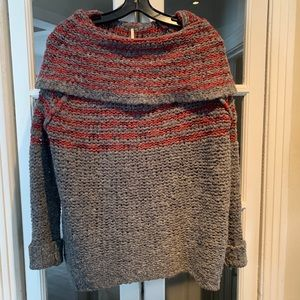 Free People oversized grey and red sweater.Size XS